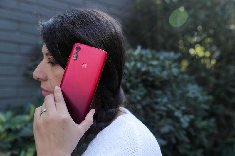 por $100.000 puede comprar un smartphone grandote y potente