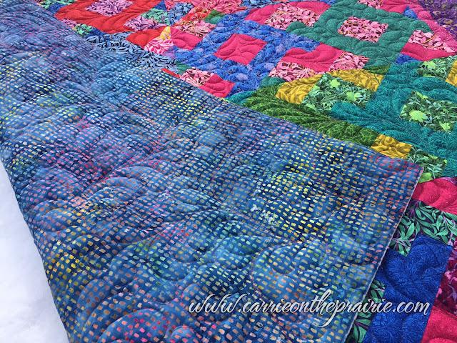 http://carrieontheprairie.blogspot.ca/2017/05/lattice-floral-quilt.html