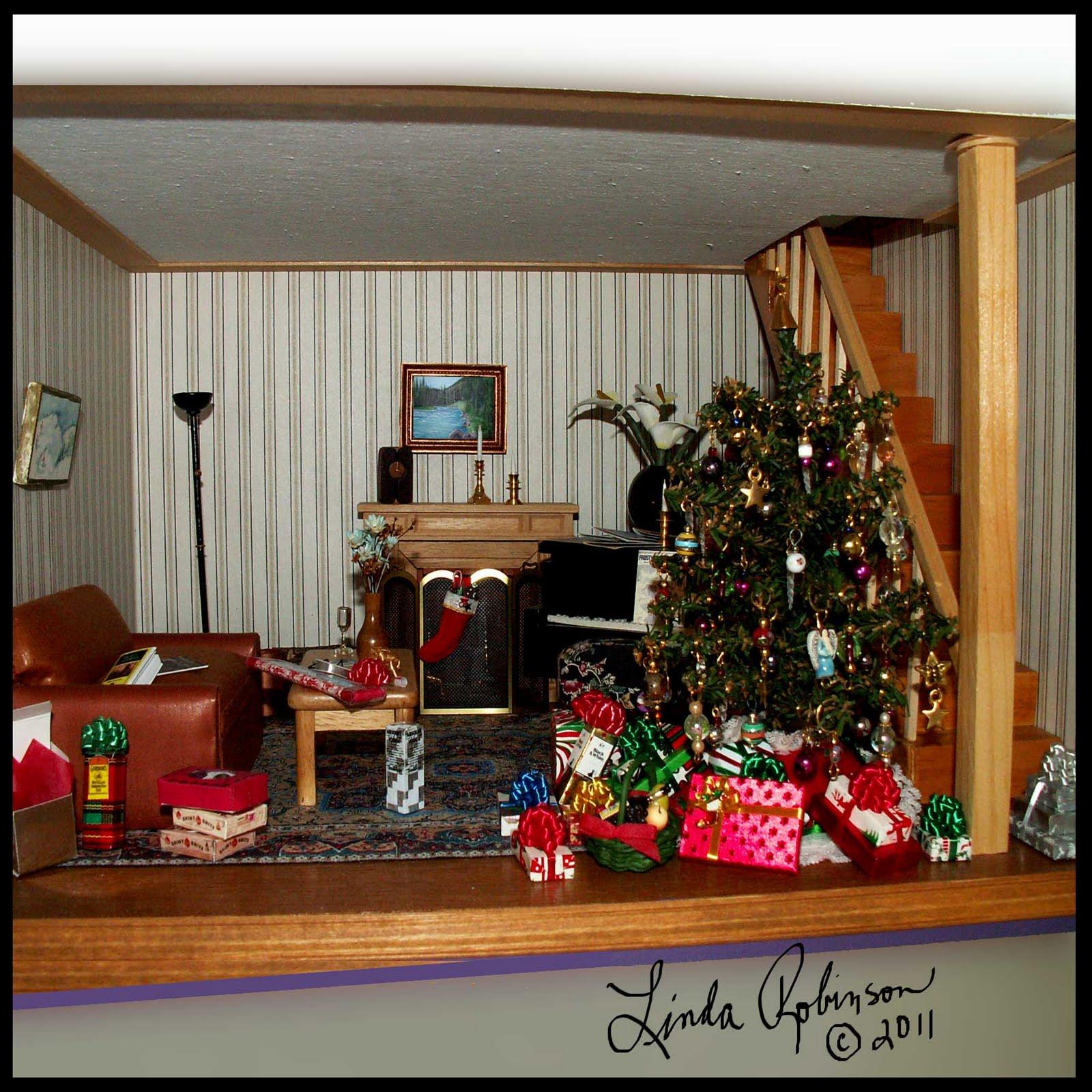 Christmas Dollhouse Decorations.Linda Robinson Dollhouse Christmas 2011