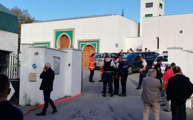Pembakaran Masjid di Prancis Harus Dianggap Terorisme