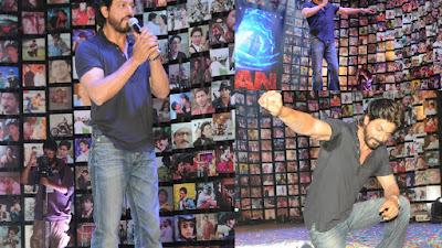 शाहरुख खान ने कहा कि वे ऍल पचीनो और कुमार की तरह लगते हैं।
