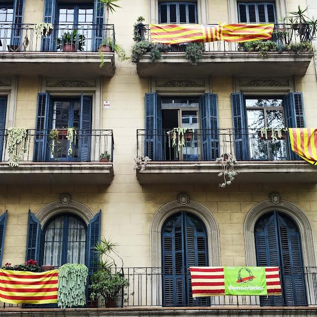 ndépendance,estadelas,drapeau,catalogne,catalan,ambiance,madame-gin,blog,barcelone