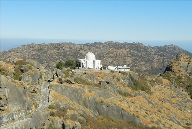 Guru shikhar Mount Abu tour packages
