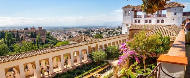 السياحة في مدينة غرناطة الأسبانية
