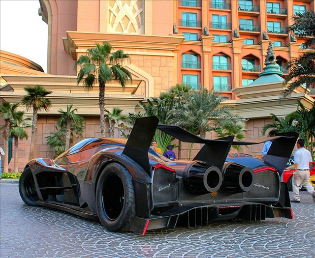 Hypercar Devel Sixteen 02