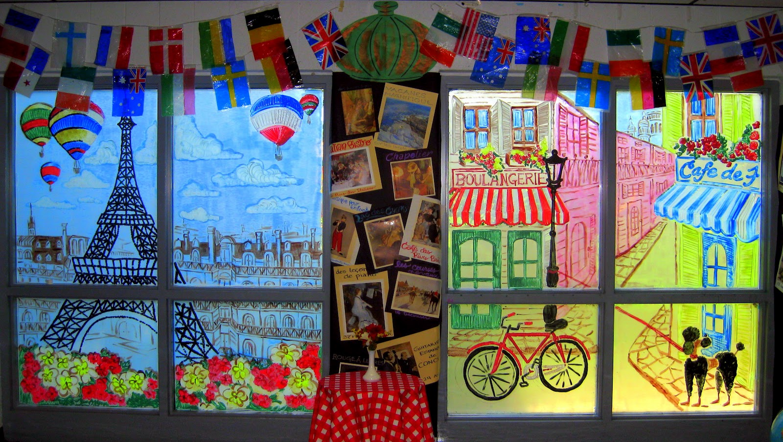Cassie stephens french theme classroom for Art room door decoration