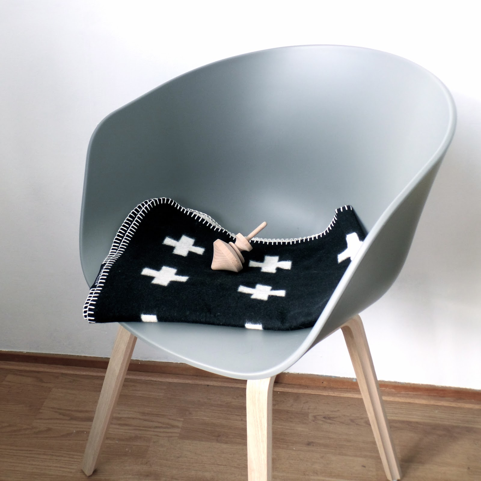 my home the hay about a chair aac22 nordic days by. Black Bedroom Furniture Sets. Home Design Ideas
