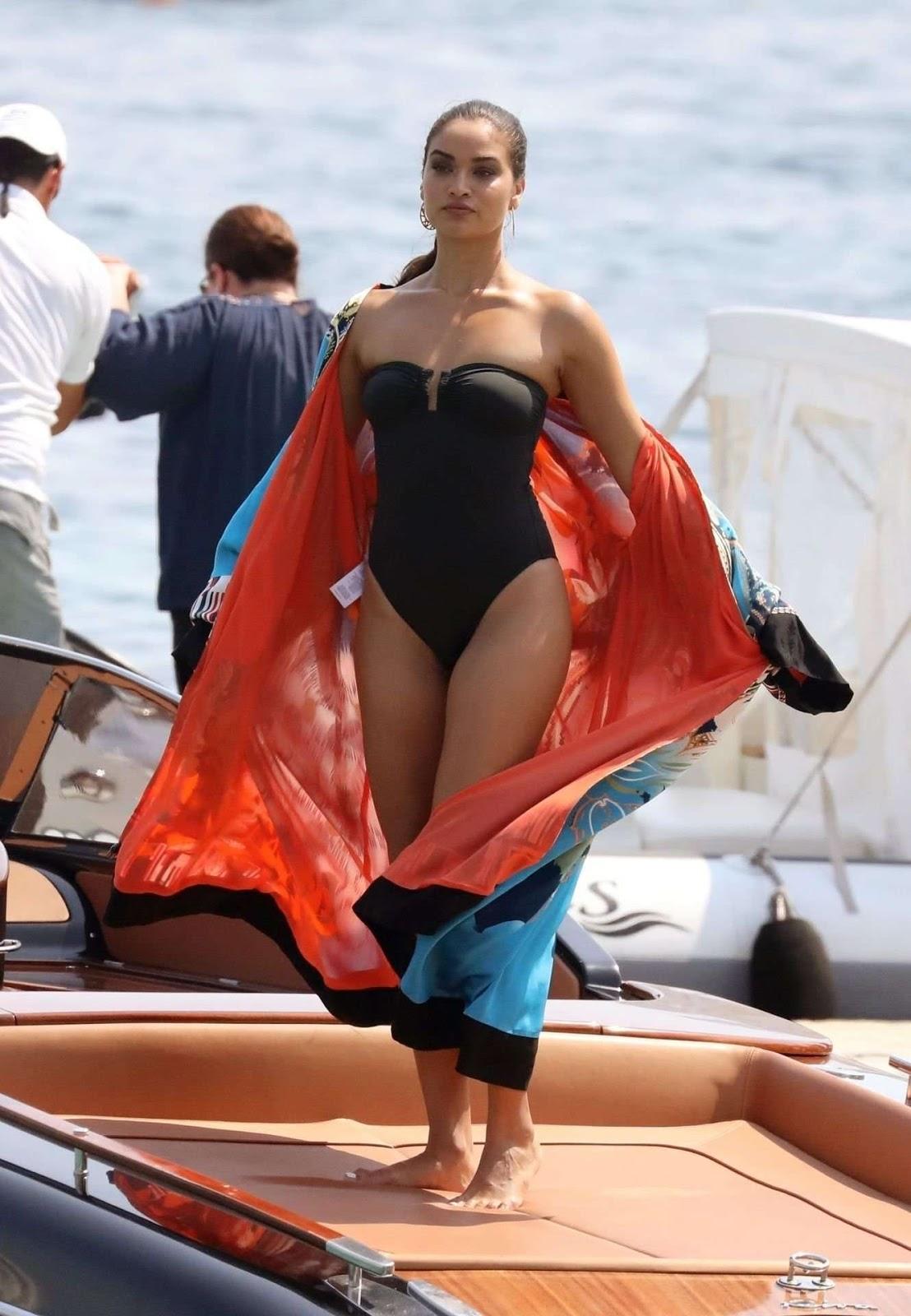 Shanina Shaik Latest Sexy Photoshoot on Beach