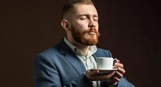 Άντρας εκσπεpμάτωνε στον καφέ του αφεντικού του για 4 χρόνια
