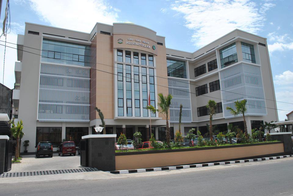 Lowongan Kerja Semarang Juli 2020 We're Hiring Yayasan Pendidikan Islam Hidayatullah Semarang Membuka Lowongan Kerja