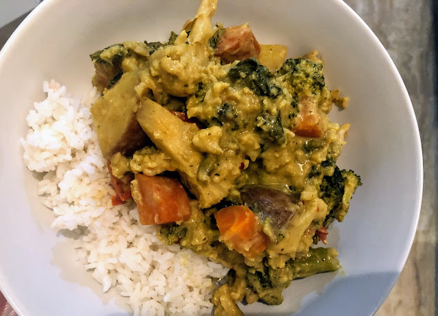 Coconut Curry Vegetables from Slow Cooker Central Family Favourites by Paulene Christie | salt sugar and i | Dani Elis