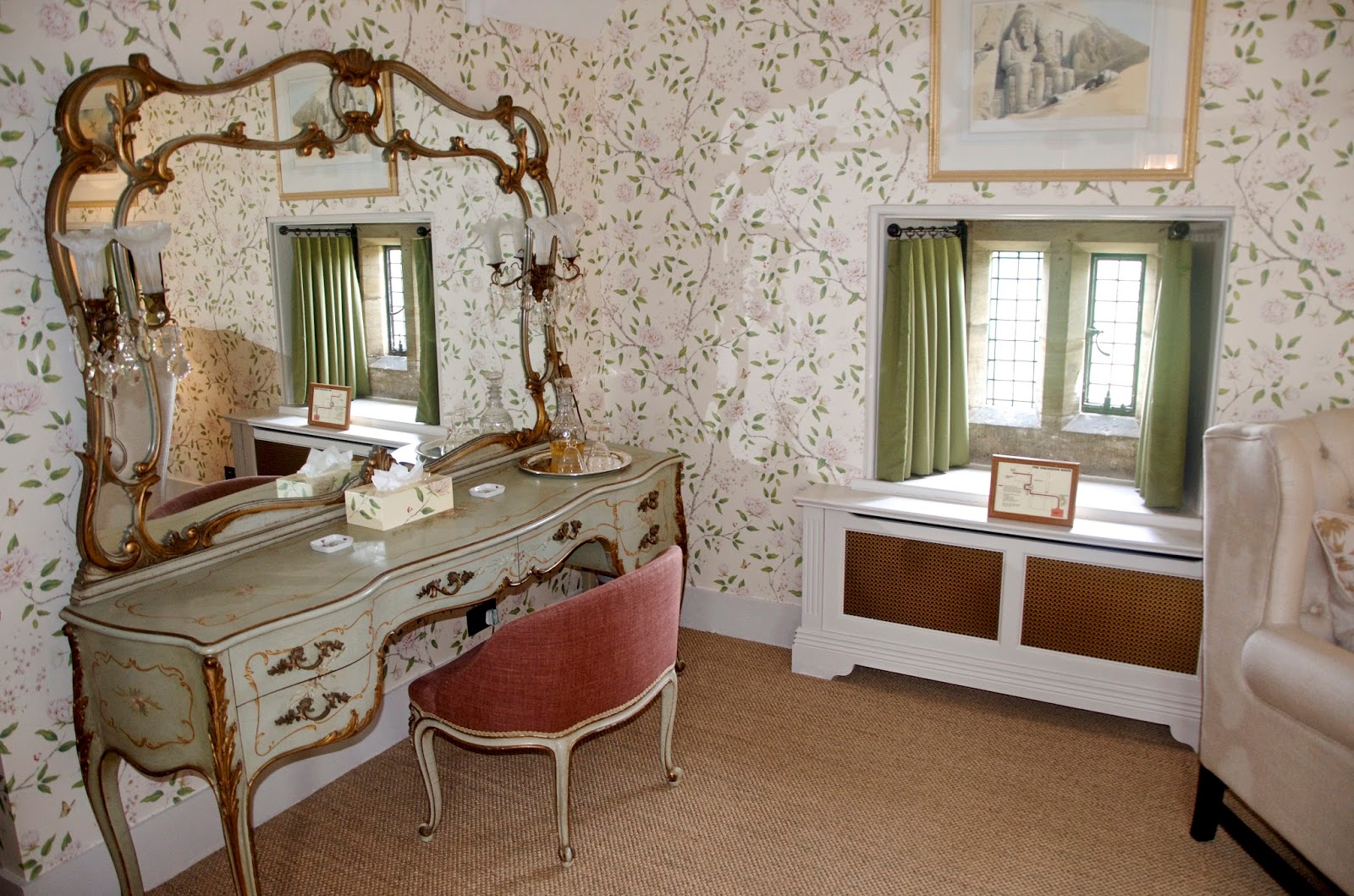 Cowdray House Dressing Table