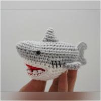 http://amigurumislandia.blogspot.com.ar/2019/04/amigurumi-tiburon-canal-crochet.html