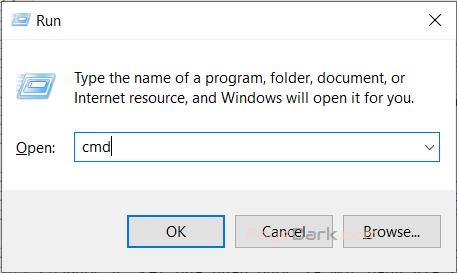 mở Command Promp bằng cách nhấn tổ hợp phím Windows + R để mở hộp thoại Run, sau đó nhập cmd để vào, cuối cùng nhấn Enter.