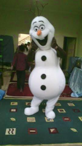Badut Olaf Frozen