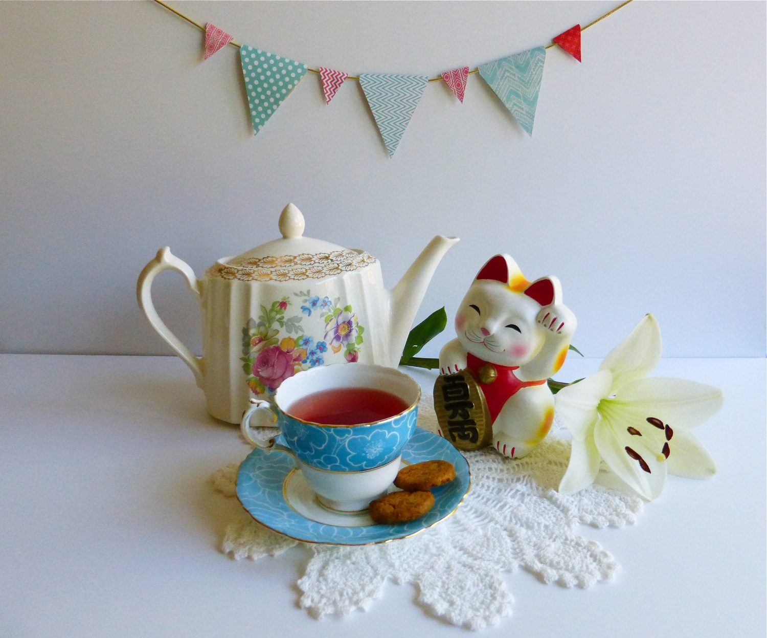 Vintage Tea Treasures, La Marr teapot, Cauldon teacup and saucer set, Maneki-neko, good luck cat, Flow Book For Paper Lovers