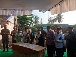 Wapres RI terpilih tanda tangan prasasti Ground Breaking pembangunan kantor PWNU NTB