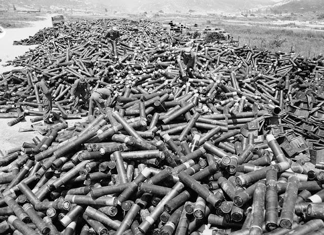 Restos de bombas de Corea del Norte