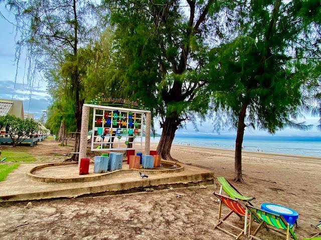 หาดสวนสนประดิพัทธ์ จ.ประจวบคีรีขันธ์