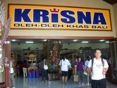 In front of Krisna. Photo by Sharir Badulu