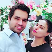 Veena Malik Family Husband Son Daughter Father Mother Age Height Biography Profile Wedding Photos