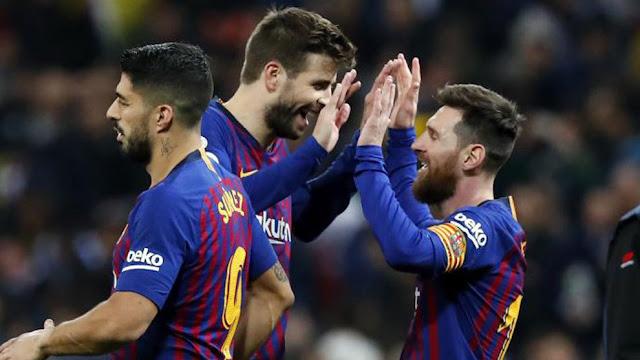 """Pique xác nhận Messi ký """"điều khoản đặc biệt"""""""