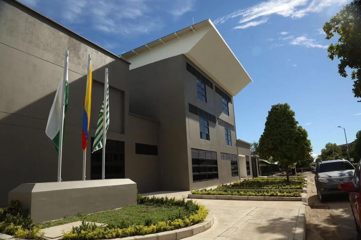 El alcalde del municipio de Puerto López, Carlos Julio Gutiérrez Turriago, rechazó los hechos violentos, perpetrados en las últimas horas en contra de la estación de Policía