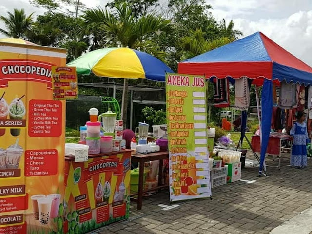 stand bazar di embung jetis suruh