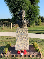 Busto conmemorativo Tte Coronel Otway, Día D