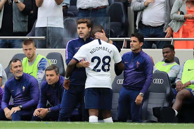 HLV Mourinho cãi nhau tay đôi với SAO đắt nhất Tottenham, ai sẽ bị đuổi? 2
