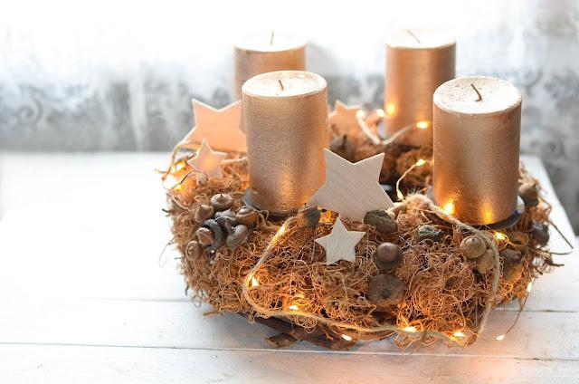Einfache DIY Anleitung für einen Adventskranz aus Naturmaterial