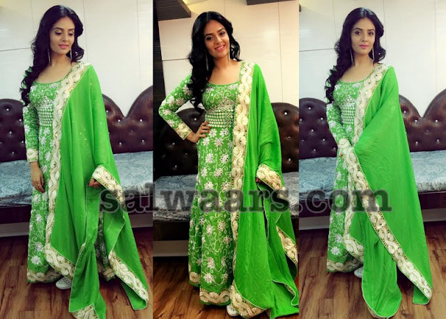 Sreemukhi Green Floor Length Salwar