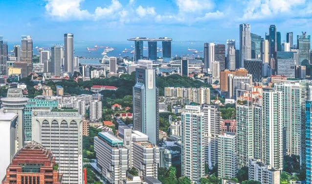 Top 10 University in Singapore and Scholarship Opportunities