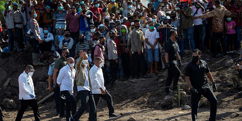 Sama-sama Timbulkan Kerumunan, Pengamat: Jokowi Harus Diperlakukan Seperti Habib Rizieq!