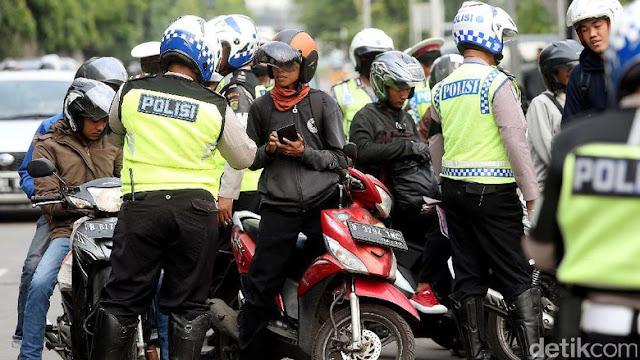 Siap-siap... Polisi Akan  Akan Datangi Rumah Pengendara dengan Pajak STNK Mati