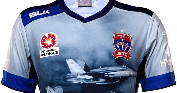 b2b91af1ecc11 Newcastle Jets lança camisa em homenagem à Força Aérea Australiana - Show  de Camisas