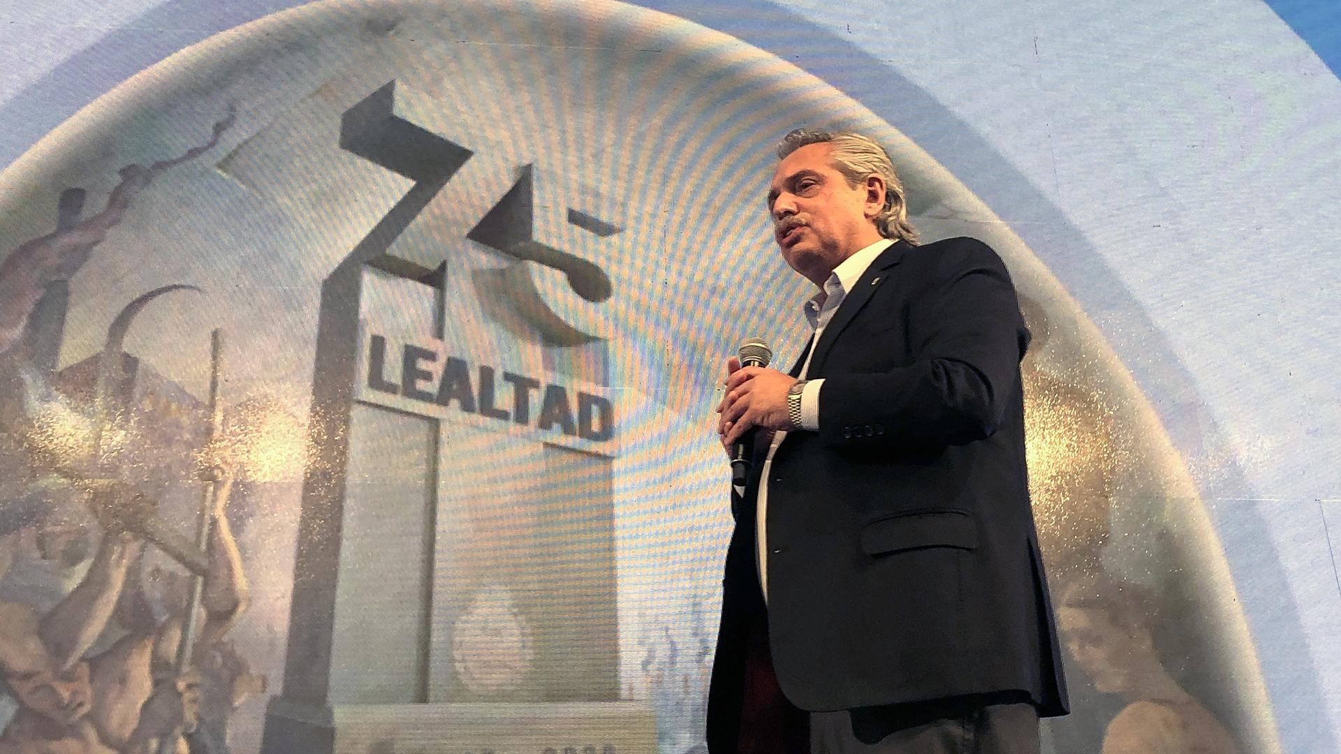 Alberto Fernandez en el Dia de la Lealtad Peronista