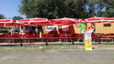 Rodízio Bar na praia da Ribeira
