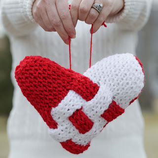Loom knit woven heart valentines day pillow
