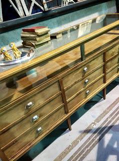 Mueble vintage de comercio, mostrador, expositor