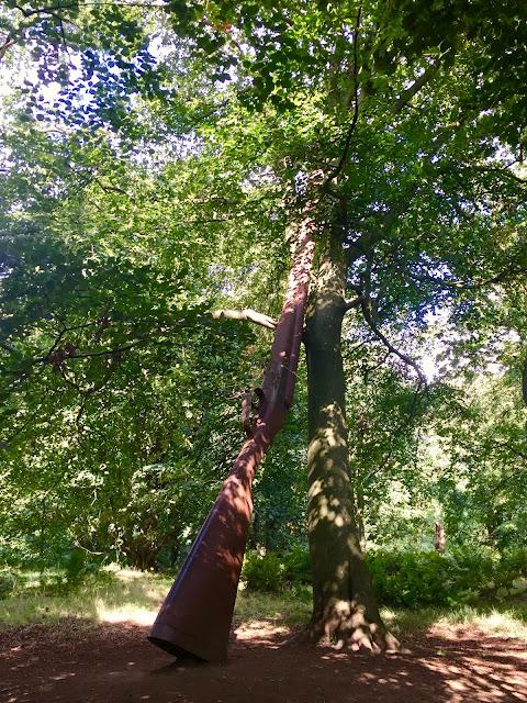 Landscape with Gun and Tree, Jupiter Artland, Edinburgh