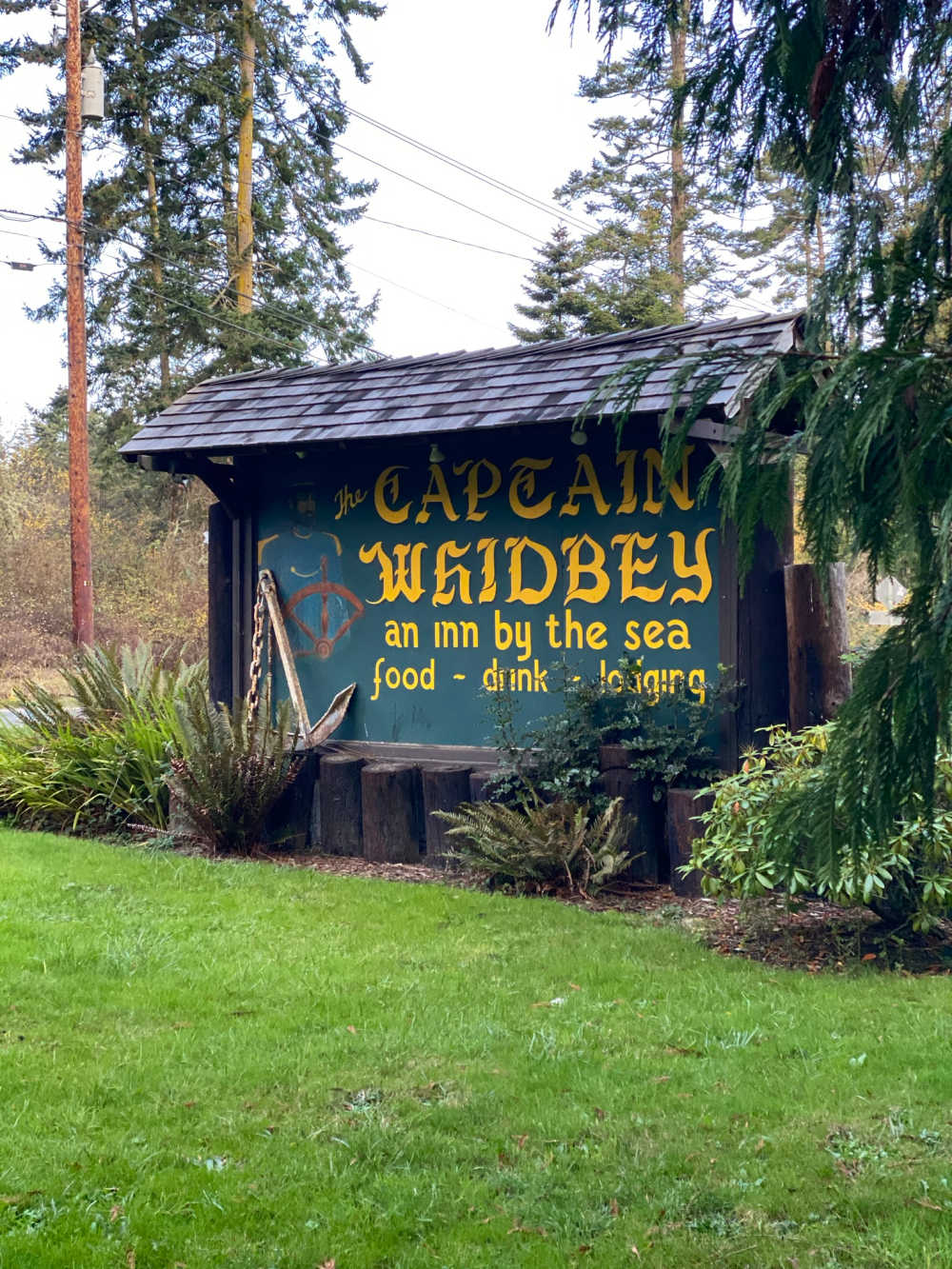 captain whidbey where to stay
