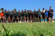 Tim sepak Bola Kaki Abu FC Rayakan HUT Ke-1 tahun.