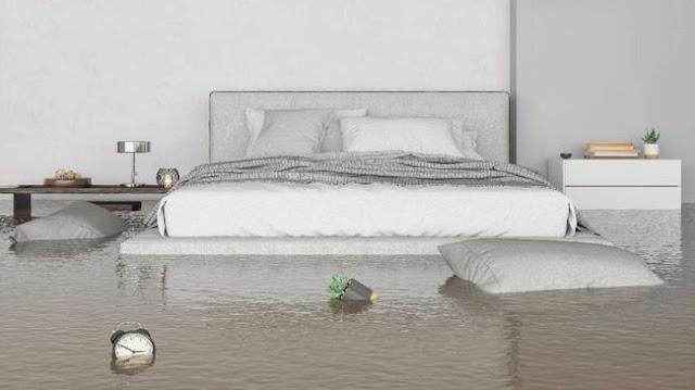 4 Cara Membersihkan Rumah Setelah Banjir agar Kasur dan Sofa bisa di pakai lagi