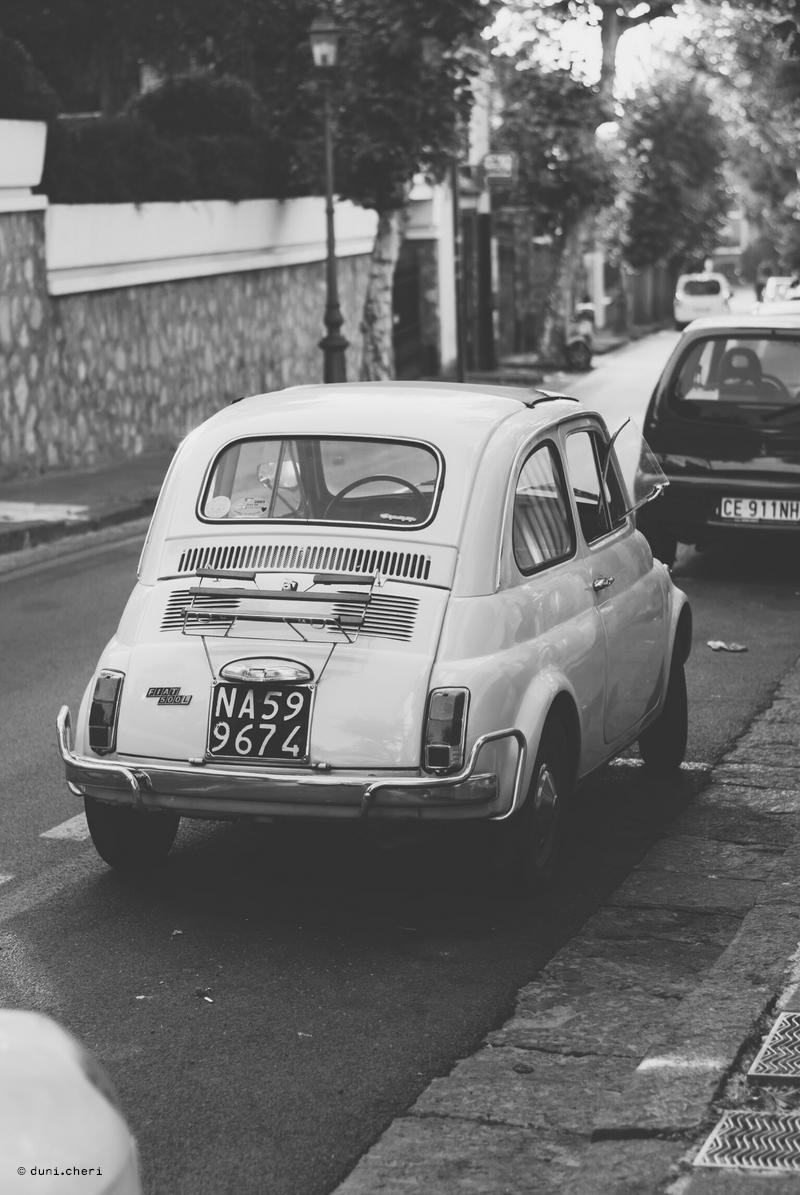 poster schwarz weiss altes auto fiat
