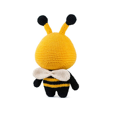bee pattern crochet