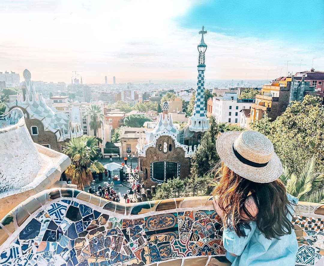 8 Ways To Bring Down Those GlobeTrotting Costs - Park Güell Barcelona