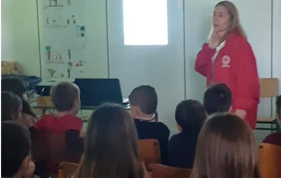 Ενημέρωση μαθητών του Δημοτικού Σχολείου Δρεπάνου από τον Ερυθρό Σταυρό Ναυπλίου