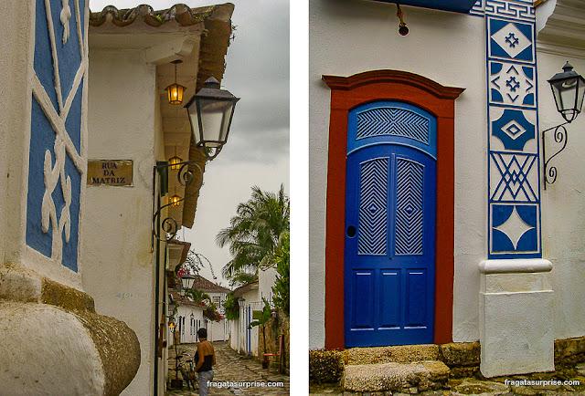 Símbolos maçônicos nas fachadas de Paraty