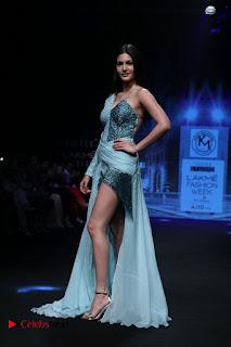 Actress Amyra Dastur Walk On Ramp for Designer Karn Malra at LFW Summer 2017  0013.jpg